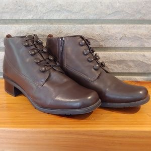 Isotoner Leather Boots